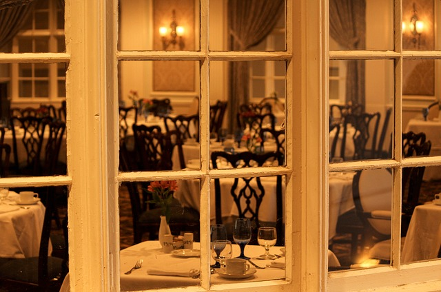 dining-room-103464_640